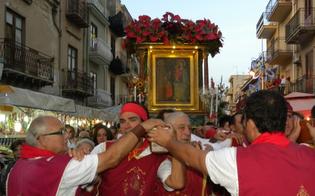http://www.seguonews.it/la-real-maestranza-nissena-rendera-omaggio-alla-madonna-della-milicia