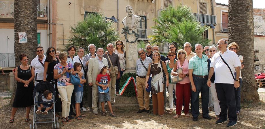 Scoprire Caltanissetta, domenica visita del Cral a Villa Fiocchi e alla stazione ferroviaria