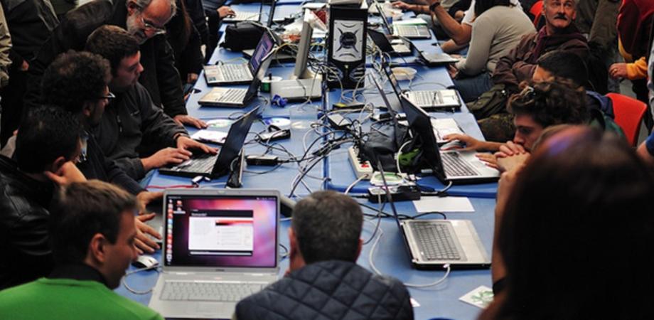 """Linux Day: a ottobre al """"Luigi Russo"""" l'evento che promuove la cultura informatica libera"""