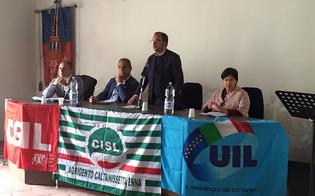http://www.seguonews.it/basta-parole-occorre-una-svolta-i-sindacati-confederali-manifestano-a-sommatino-formazione-lavoro-e-rifiuti-le-priorita