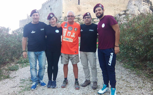 http://www.seguonews.it/il-para-podista-fa-tappa-a-mussomeli-belliere-incontra-i-paracadutisti-anpdi-caltanissetta