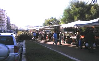 http://www.seguonews.it/allalba-spunta-mercatino-abusivo-in-via-ferdinando-i-i-vigili-urbani-identificano-gli-ambulanti-in-protesta