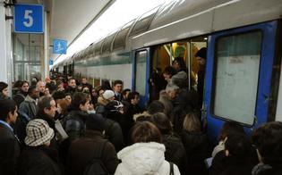 http://www.seguonews.it/a-caltanissetta-i-pendolari-del-treno-abbandonati-niente-bus-sostitutivi-atto-daccusa-di-forza-italia-contro-le-ferrovie