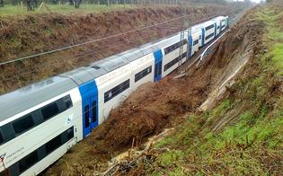 http://www.seguonews.it/torrente-esonda-treno-esce-dai-binari-in-provincia-di-caltanissetta-contusi-macchinista-e-pendolare