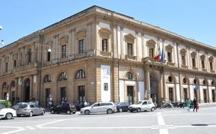 http://www.seguonews.it/assenteisti-al-comune-di-caltanissetta-la-procura-chiede-il-processo-per-44-impiegati-accusati-di-truffa
