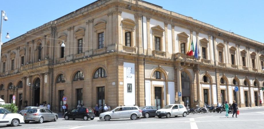 Proteggere le donne: a Caltanissetta la Uil sensibilizza con filmati, flash mob e lezioni di autodifesa