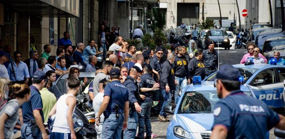 """Giro d'affari con la droga, 4 arresti a Gela. Polizia sequestra beni a capo della """"gang"""""""