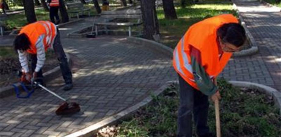 """Al via a Caltanissetta i """"mini cantieri comunali"""". Le squadre di lavoro coinvolgeranno 170 lavoratori"""