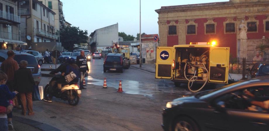 L'incidente al quartiere Badia. La Polizia Municipale indaga sulla dinamica, operata la donna che ha provocato lo scontro