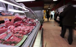 http://www.seguonews.it/allarme-carni-indagine-della-coldiretti-su-crollo-vendite-solo-uno-su-dieci-ha-tagliato-consumi