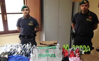 http://www.seguonews.it/false-griffe-e-cd-pirata-tra-le-bancarelle-delle-fiere-di-caltanissetta-e-san-cataldo-blitz-della-finanza-ambulanti-denunciati