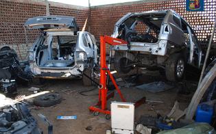 http://www.seguonews.it/portano-via-ricambi-dauto-da-carrozzeria-sequestrata-due-operai-nisseni-e-titolare-denunciati-dalla-polizia-stradale