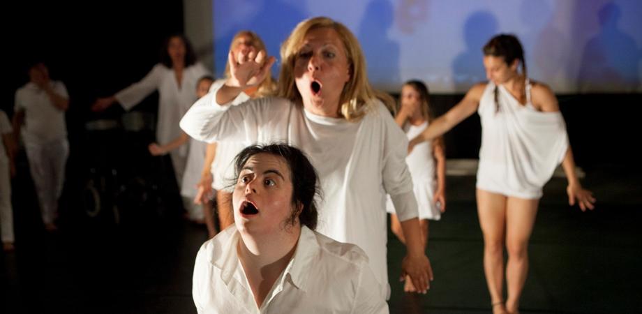 """In """"Ciatu"""" si esalta la vita: giovedì uno spettacolo al Margherita"""