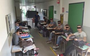 http://www.seguonews.it/a-caltanissetta-una-classe-di-futuri-ragionieri-studia-in-corridoio-limbarazzante-storia-ai-tempi-della-buonascuola