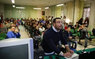 http://www.seguonews.it/linux-day-agli-studenti-delle-medie-una-lezione-sul-software-open-source