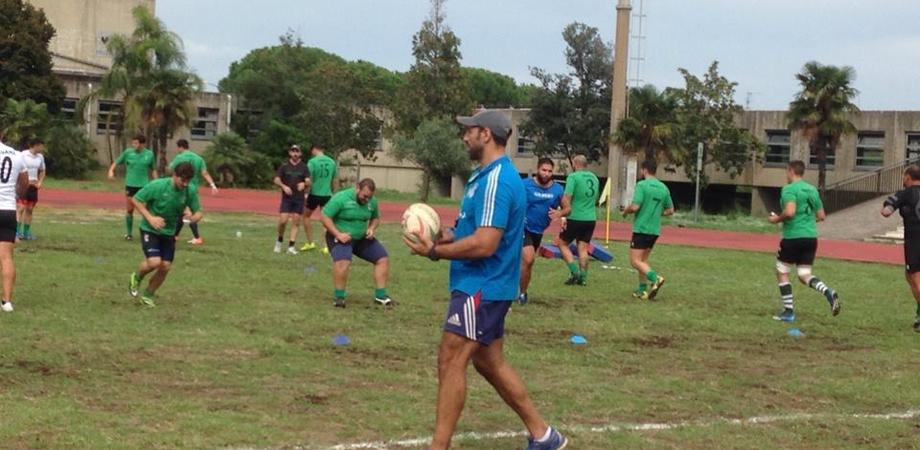 La Nissa Rugby inizia il campionato nazionale: troppo lustro per la città che non concede spazi per gli allenamenti