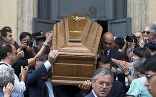 http://www.seguonews.it/racket-della-buonanima-la-squadra-mobile-nissena-perquisisce-agenzie-funerarie-titolari-indagati-per-estorsione