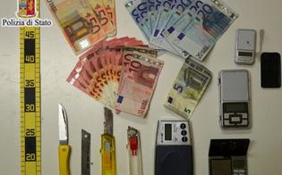 http://www.seguonews.it/giovane-pusher-nisseno-denunciato-dalla-polizia-a-casa-aveva-loccorrente-per-confezionare-le-dosi