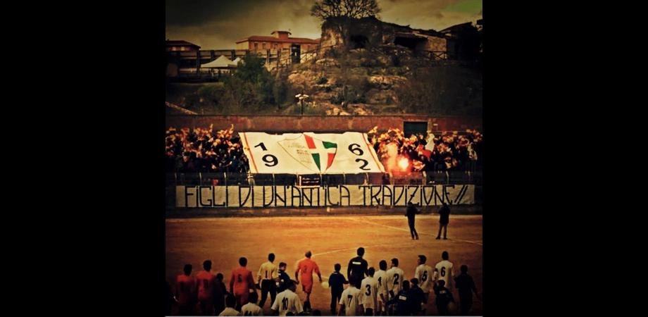 """Derby mozzafiato e delirio al """"Palmintelli"""", lo Sport Club Nissa sconfigge 3-1 l'Atletico Caltanissetta"""