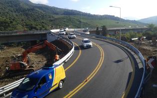 http://www.seguonews.it/fine-di-un-incubo-aperto-il-bypass-a19-di-scillato-aspettando-la-costruzione-dellautostrada-che-riunisca-la-sicilia