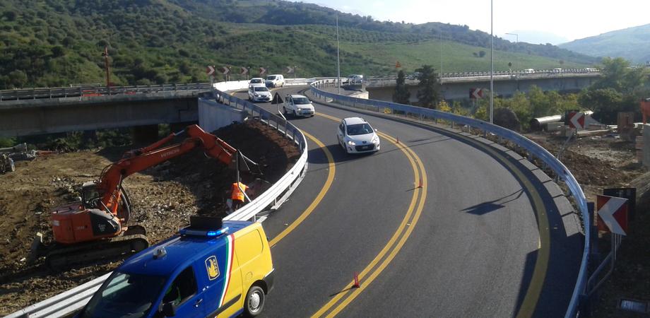 Fine di un incubo, aperto il bypass A19 di Scillato. Aspettando la costruzione dell'autostrada che riunisca la Sicilia