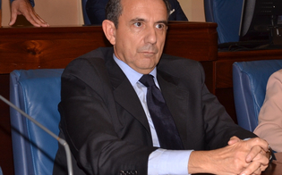 http://www.seguonews.it/gela-incendiata-lauto-un-altro-primario-la-solidarieta-giovanni-dippolito-vincenzo-catania