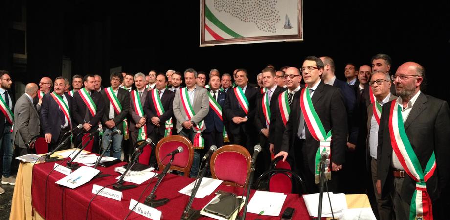 Mercoledì a Caltanissetta la marcia dei sindaci senza soldi: saranno ricevuti dal prefetto