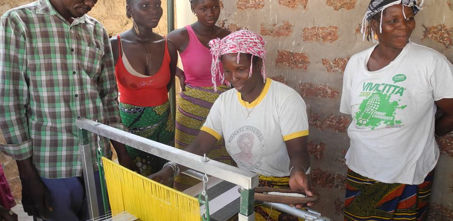 Pranzo di beneficienza a base di couscous: il ricavato sarà destinato a finanziare un laboratorio tessile in Africa
