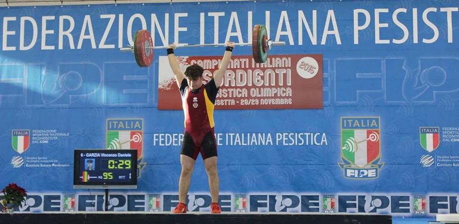 Campionati italiani di pesistica: tanti siciliani sul podio. Tra questi il nisseno Garzia