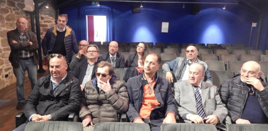 """""""Il centro storico di Caltanissetta non è vivibile"""". La denuncia di commercianti e residenti: dalla sporcizia alla sicurezza"""