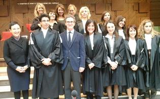 http://www.seguonews.it/in-tribunale-a-gela-vince-il-rosa-coperta-pianta-organica-insediate-7-donne-e-un-uomo