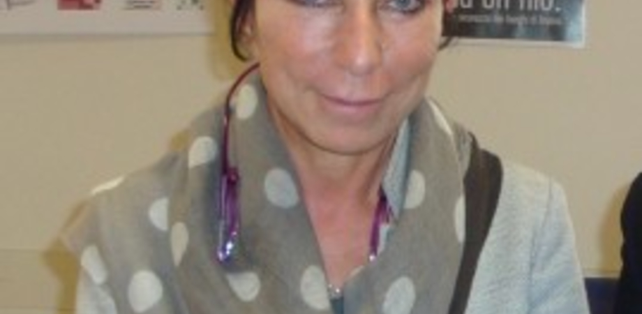 """""""Vaccinarsi fa bene"""" e a dare l'esempio è la direttrice sanitaria Asp Marcella Santino"""