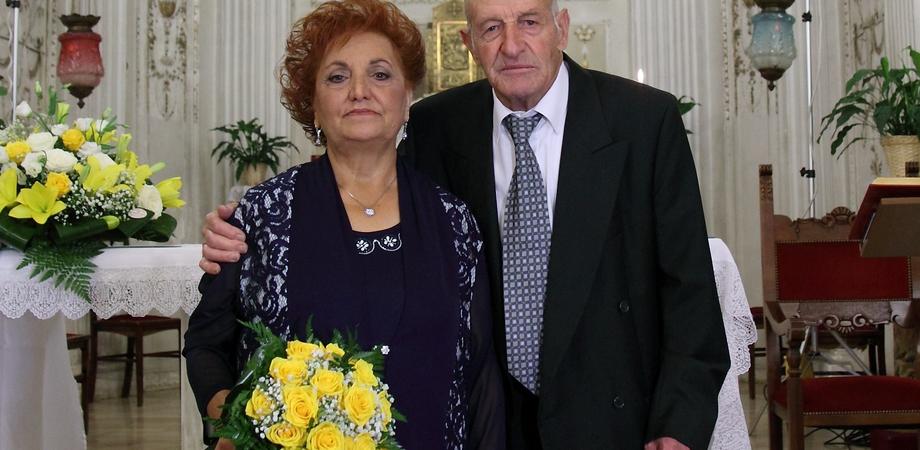 Un amore lungo 50 anni. Caltanissetta, coppia festeggia le nozze d'oro