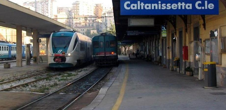 Ferrovie, da domenica 31 luglio lavori sulla linea Caltanissetta-Agrigento. Interventi su binari per un milione di euro