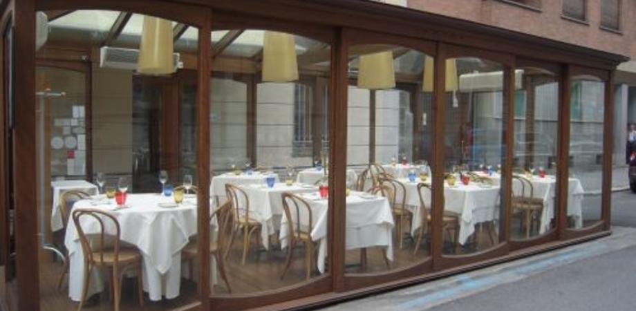 """Via tavoli e piante dai bar del centro storico di Caltanissetta, monta la protesta. Consiglieri all'attacco: """"Situazione assurda"""""""