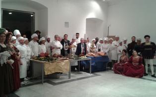 http://www.seguonews.it/museo-diffuso-moncadiano-allinaugurazione-una-festa-con-cibo-e-costumi-depoca