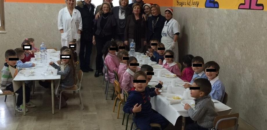 """""""Ottima la qualità dei pasti per i bambini"""". Il vicesindaco Tricoli e delegazione Udc in visita alla scuola del quartiere Angeli"""
