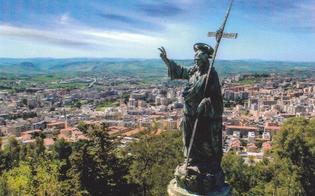 http://www.seguonews.it/festa-del-redentore-a-caltanissetta-tutto-pronto-per-i-festeggiamenti-previsto-un-concerto-e-sagra-dellanguria