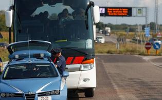 http://www.seguonews.it/gite-scolastiche-sui-pullman-la-polstrada-caltanissetta-accerta-violazioni-bus-senza-assicurazione-a-san-cataldo