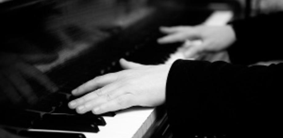 """Martedì un concerto di beneficienza al Teatro Marconi: """"Classica e Dintorni"""" suonerà per contrastare il disagio giovanile"""