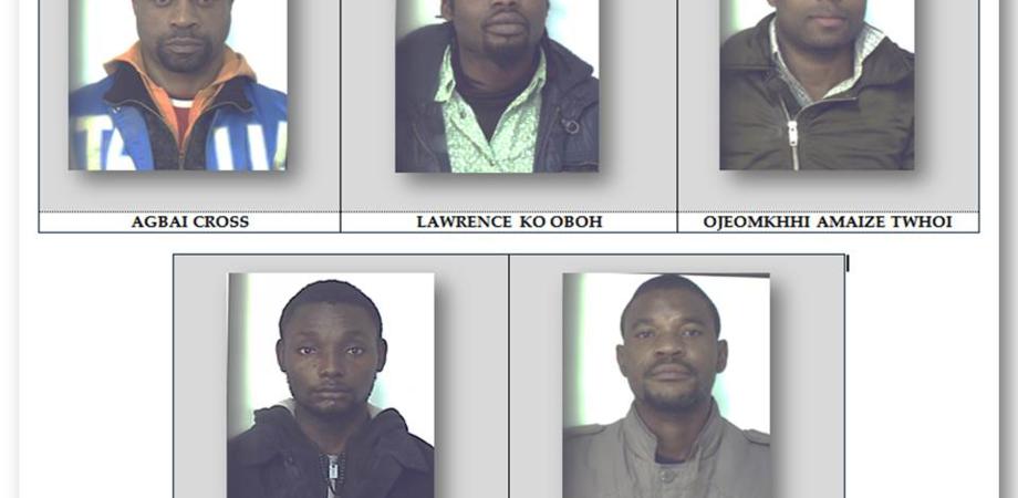 Branco stupra per 5 giorni studentessa a Caltanissetta. Il racconto choc della vittima, cinque nigeriani arrestati