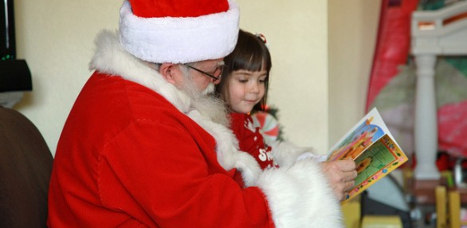 Vigilia di Natale con i bambini del S. Elia per i ragazzi del Rotaract club di Caltanissetta