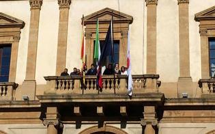 http://www.seguonews.it/centro-storico-off-limits-commercianti-convocati-venerdi-in-prefettura-e-ce-chi-ha-abbassato-la-saracinesca