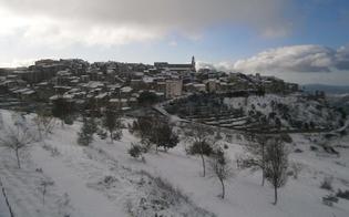 http://www.seguonews.it/spruzzi-di-neve-a-intermittenza-a-caltanissetta-san-cataldo-e-mussomeli-si-svegliano-vestite-di-bianco