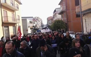 http://www.seguonews.it/mussomeli-sindaci-sindacati-e-commercianti-in-corteo-contro-la-chiusura-del-punto-nascite