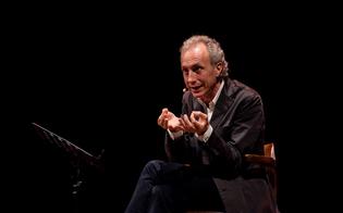 http://www.seguonews.it/travaglio-show-giovedi-a-caltanissetta-ultimi-posti-al-teatro-per-slurp