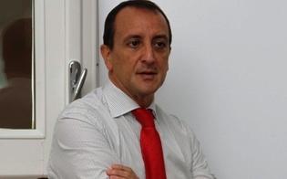 http://www.seguonews.it/dove-diretto-il-giornalismo-giovedi-a-caltanissetta-riccardo-arena-presenta-il-suo-romanzo