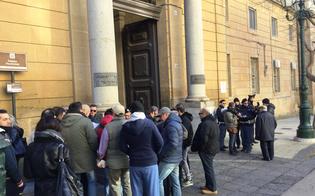 http://www.seguonews.it/viabilita-in-centro-storico-le-7-richieste-dei-commercianti-esposte-al-prefetto-via-lisola-pedonale-in-corso-umberto
