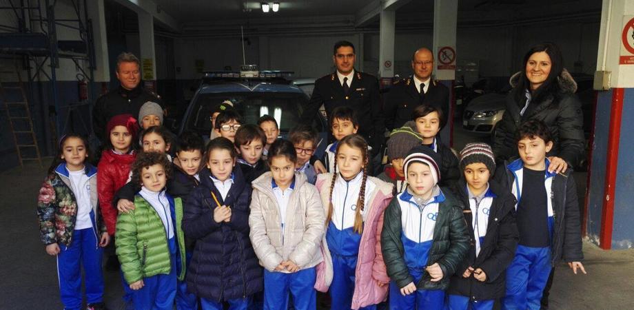 """Educare alla legalità. La Polizia incontra gli alunni dell'Istituto """"Oasi Cristo Re"""""""