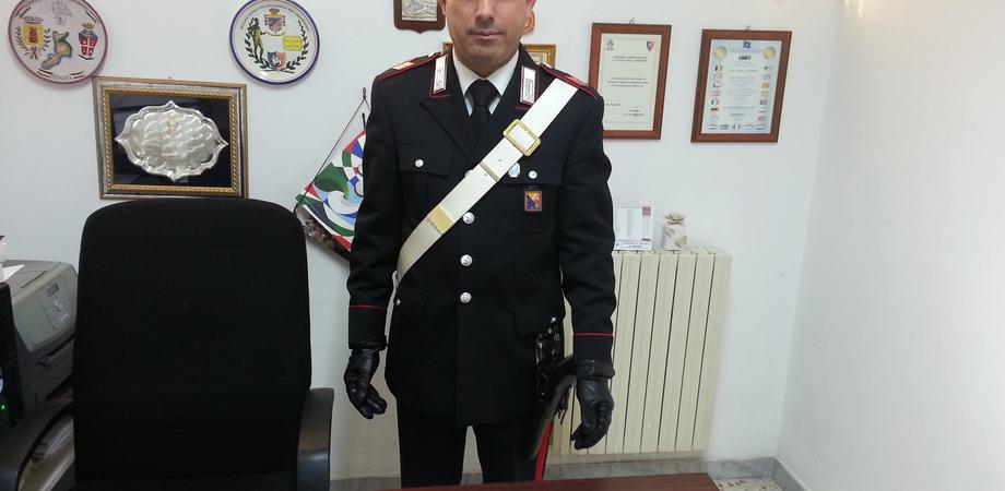 Lotta allo spaccio. I carabinieri gli trovano hashish tra le mani, giovane agricoltore denunciato